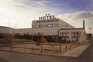 Parque, Restaurante, Hotel, La Trébede, Valverde del majano